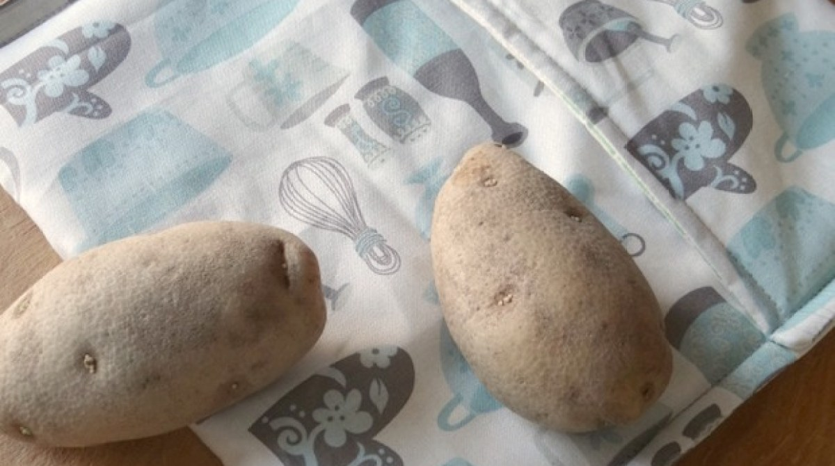 Dinner Hacks: Sew a Baked Potato Microwave Bag