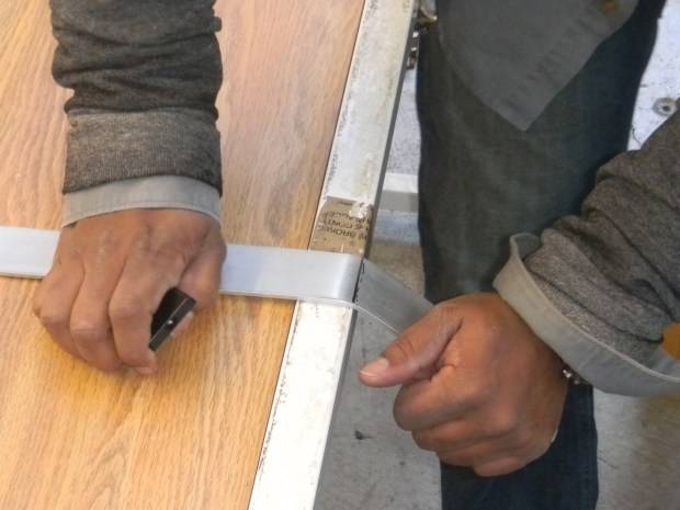 Build a Sexy, Modern Leg Lamp