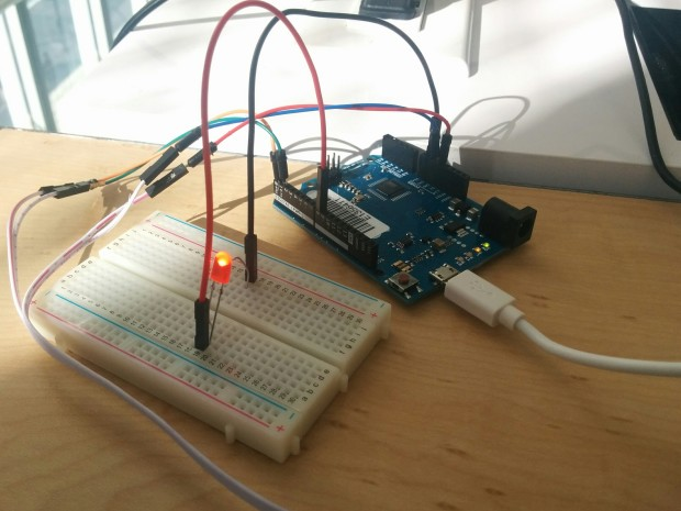 Virtual Shield software linking an Arduino  UNO with a bluetooth connected Lumia (not  shown).