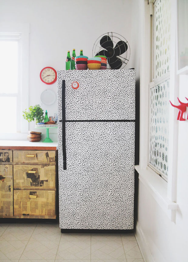 Kitchen Inspiration: You Can Totally Wallpaper Your Fridge!