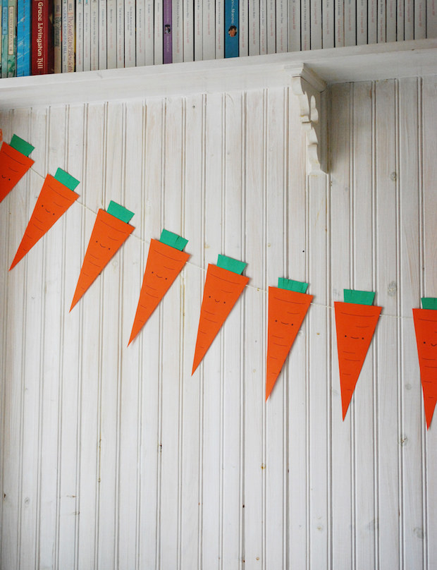 Quick and Easy Easter: Printable Carrot Banner