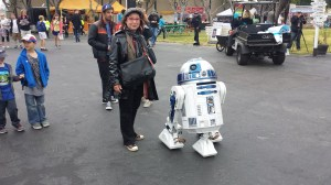 Chuck's wife Wendy with one of the many Bay Area R2 Builders R2D2 'bots.