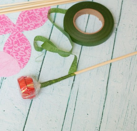 dove-mothers-day-DIY-paper-flower-tulip-stem
