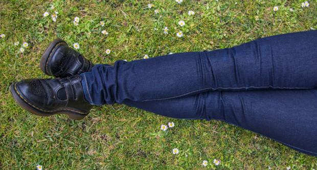 jeans-side