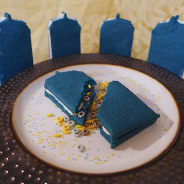 Sweet Geeks: Exploding TARDIS Cookies