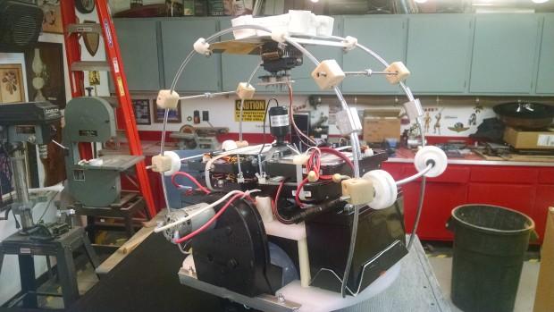 Interior cage for BB-8 motors