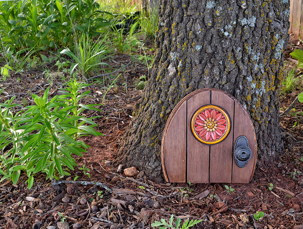 Garden Magic: Make a Gnome Door