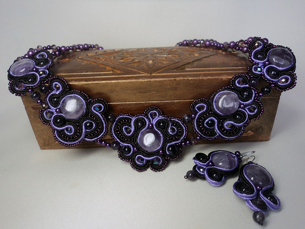 Learn to Make Soutache: Braid-and-Bead Embroidery Jewelry