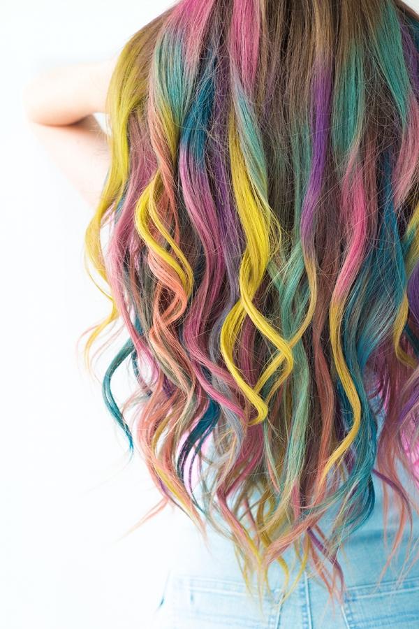 Summer Color: Temporary Colombré Hair