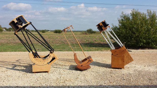 3 Dobsonian telescopes