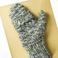 Flashback CRAFT Pattern: The Gregories – Convertible Knit Mittens