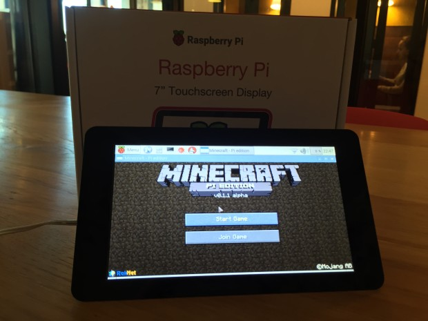 Playing Minecraft with the touchscreen isn't easy, but does work -- try tweaking keybindings for improved playability