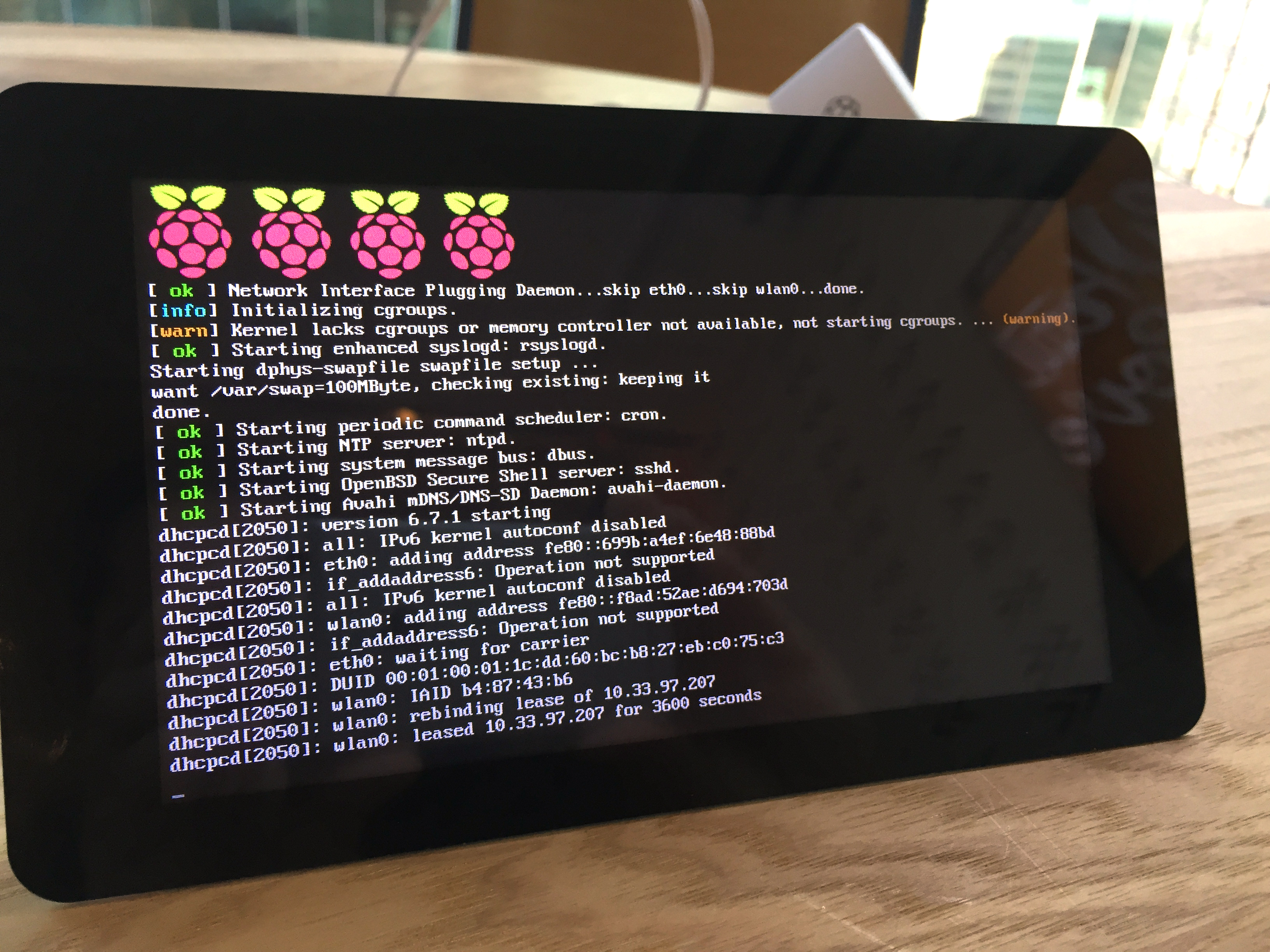 Now on Sale: The Official Raspberry Pi 7″ Touchscreen