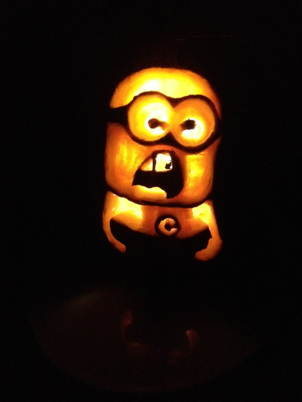 OikoEco carved-out his Minion Pumpkin using an easy-to-use stencil and a series of hand tools.