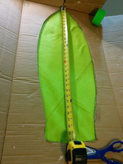 9-Abdomen-Blank_Cardboard-cut-out-used-for-upper-form-of-abdomen_Hot-glue_Green-felt