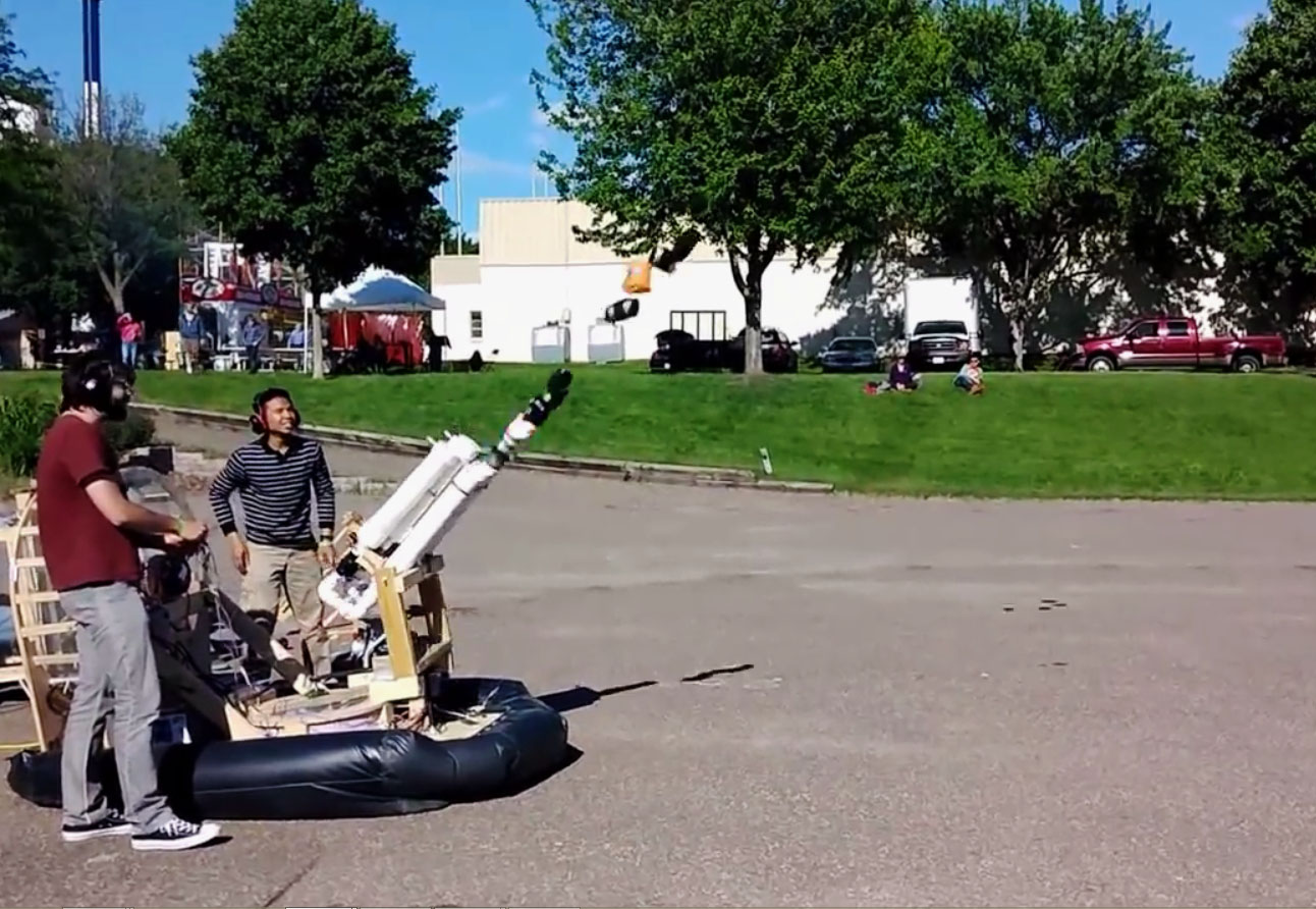 These Engineering Students Put a T-Shirt Launcher on Their Hovercraft