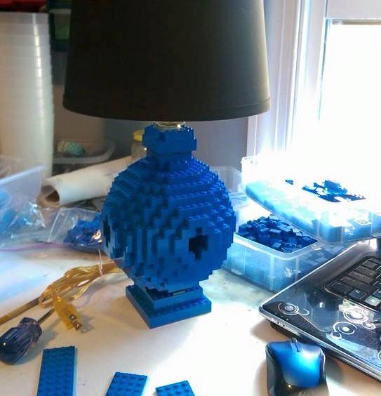 Build a Rounded Lego Lamp
