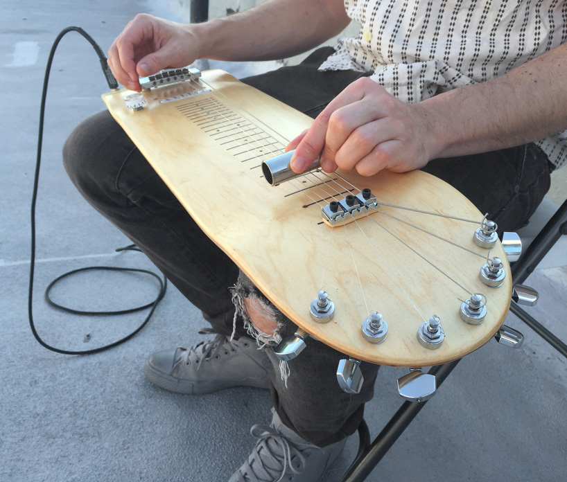 Amazing Laptop Steel Guitar Made from Skateboard Deck