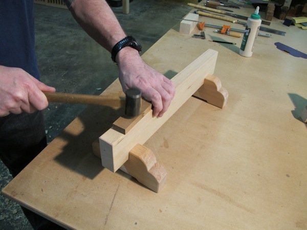 Essential Woodworking Tools and Skills with Projects Make: