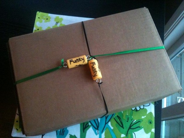 How-To: Wine Cork Gift Wrapping