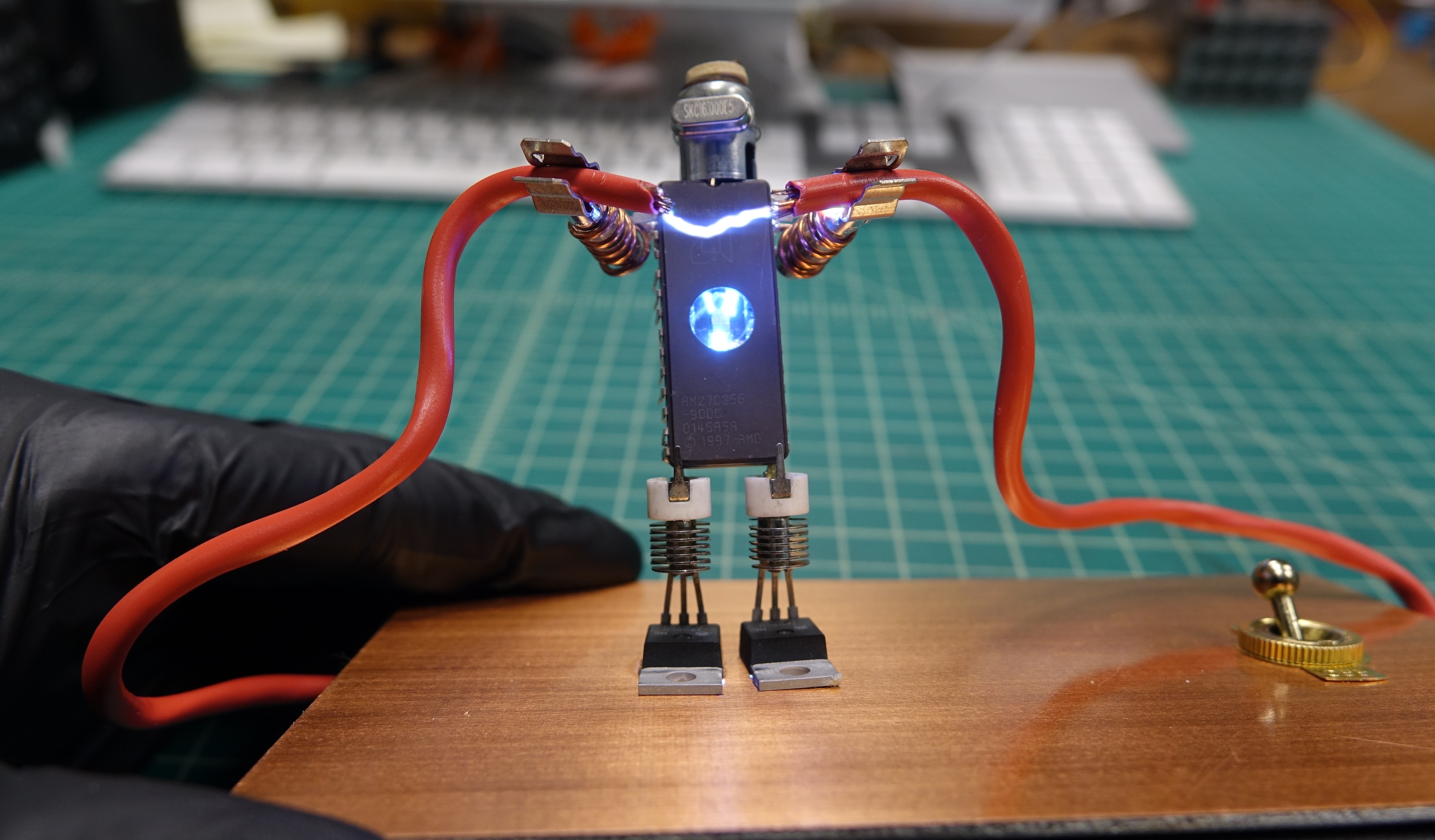 This High Voltage Robot Sculpture Is as Scary as It Is Cute