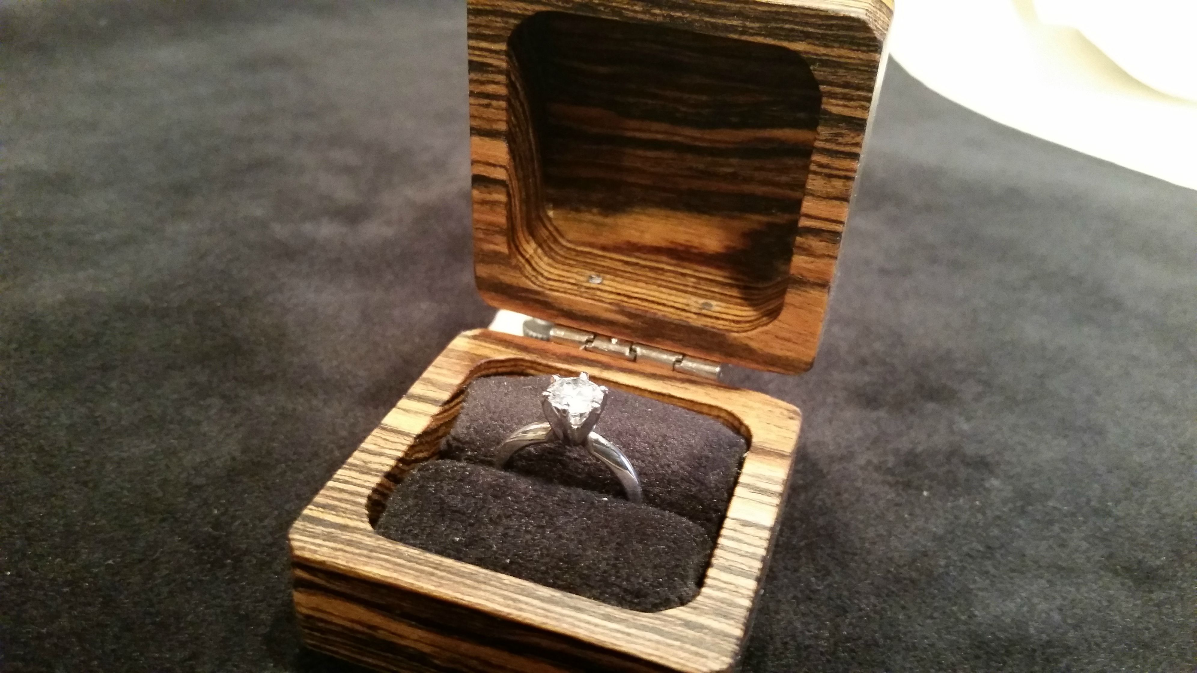 These 9 DIY Ring Boxes Are the Ultimate Valentine\'s Day Surprise ...