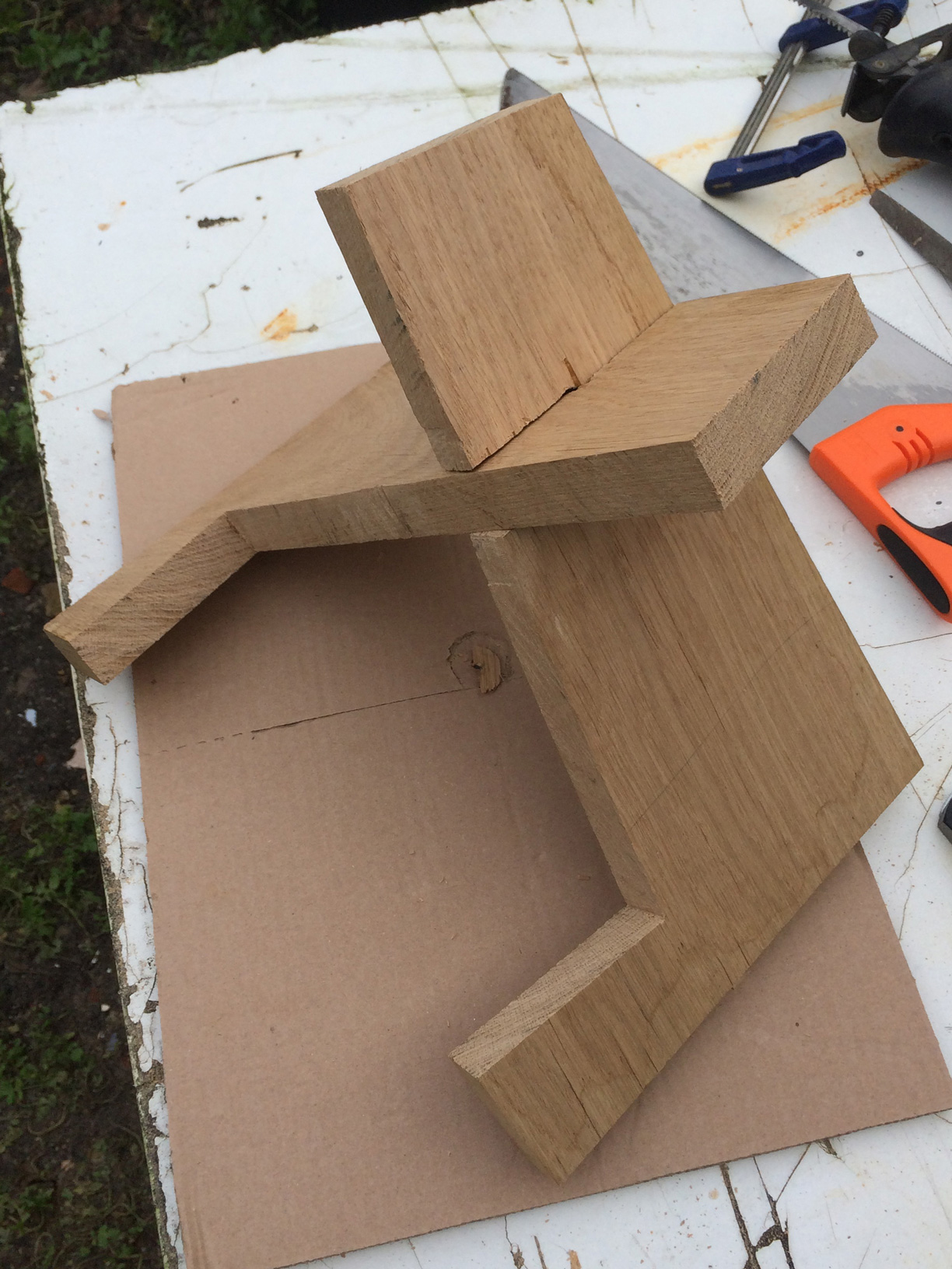 Build this simple guitar stand from a single board of wood make finish the large middle cut and the slots first to keep the structural integrity of the wood intact whilst working on the last two cuts these you can solutioingenieria Choice Image