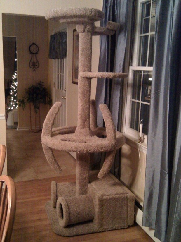 Cat-Tree-Star-Trek-Design-1