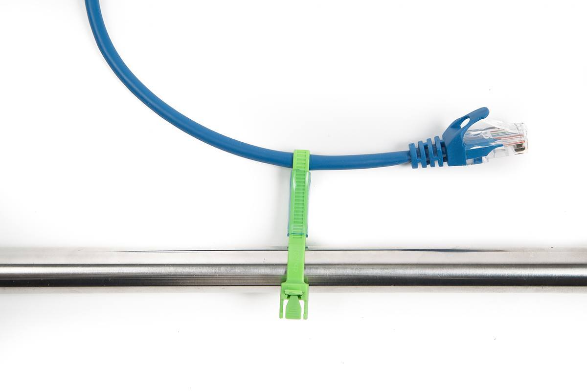 Wrangle Your Cables With These 2 Zip Tie Tricks Make Fixture Wiring As Well A Light Wires Besides Electrical The Or Cable Is Known Tool For Bundling Together And Other Elements Of Project Here Are Some Little Using
