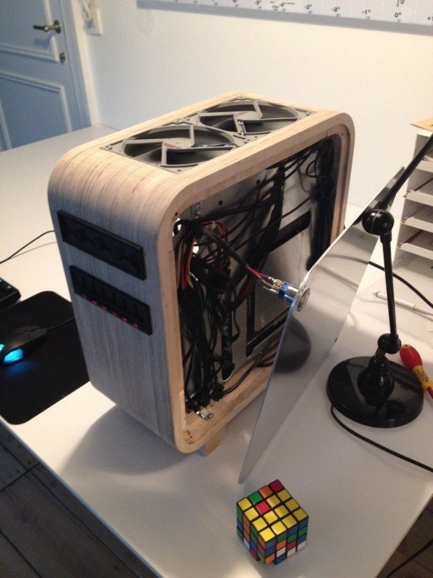 Ditch The Aluminum For An Elegant Wooden Computer Enclosure Make