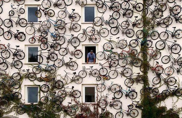 bike-wall