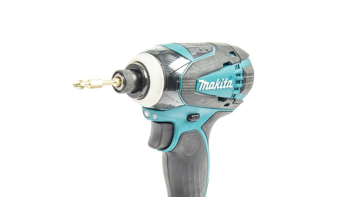 Here's the Difference Between a Drill and an Impact Driver