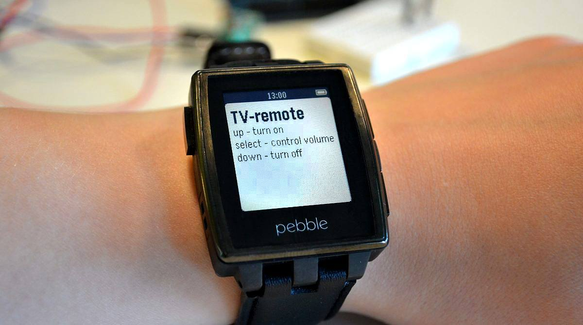 Hack Your Pebble Steel to Control Your Raspberry Pi