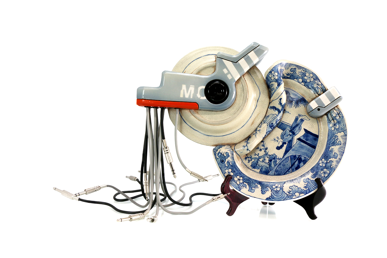 Brendan Tang Melds Sci-Fi and Ceramics in Cybernetic Sculpture