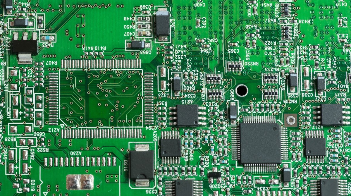 7 Fatal Mistakes To Avoid On Your Pcb Design Make Basic Of Electronic Circuit Article Featured Image