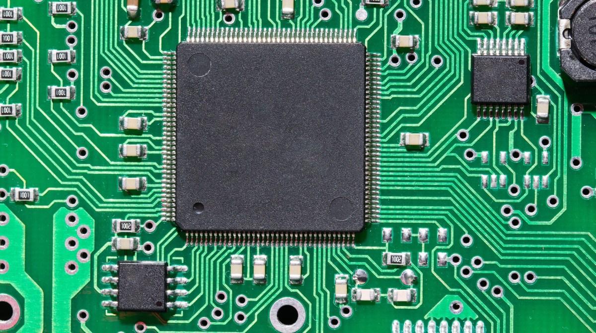 how to design a microcontroller circuit