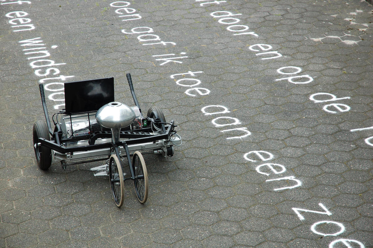 The Skryf Robots Write Temporal Poetry with Sand