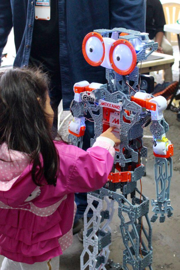 Meeting Meccano robots (Saturday, Alasdair Allan)