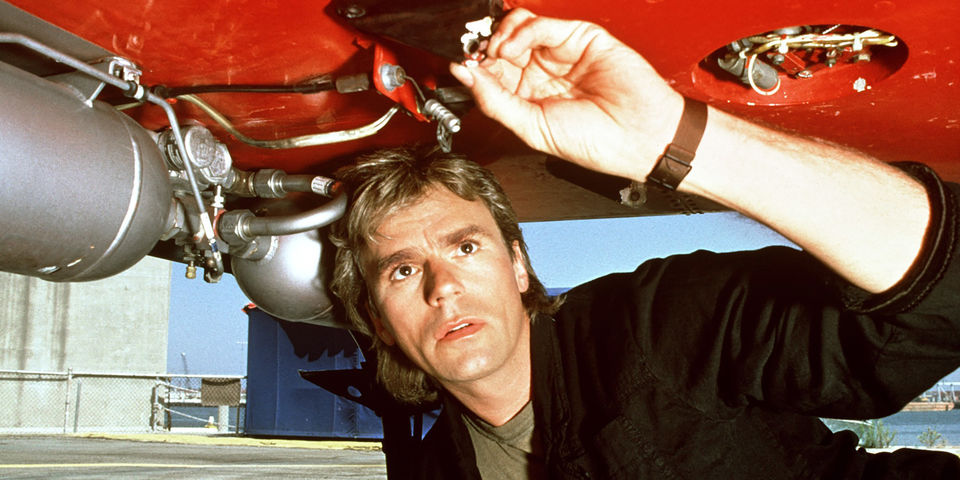 "Learn the ""MacGyver Secret"" to Problem Solving Under Pressure"