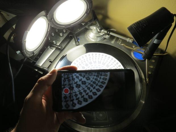 Design a Phenakistoscope for a Mesmerizing Spinning Optical Illusion