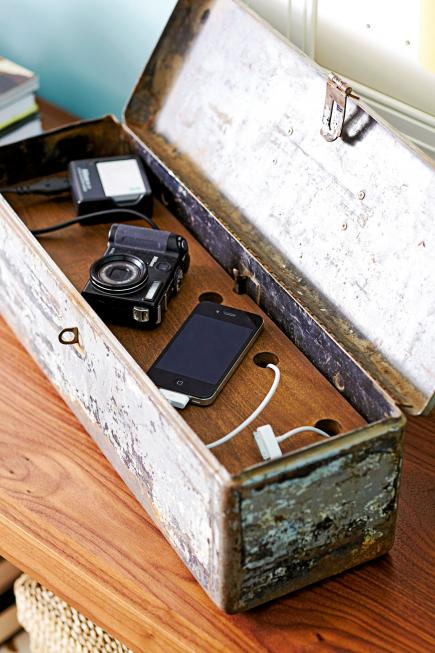 10 Charging Station Projects Make