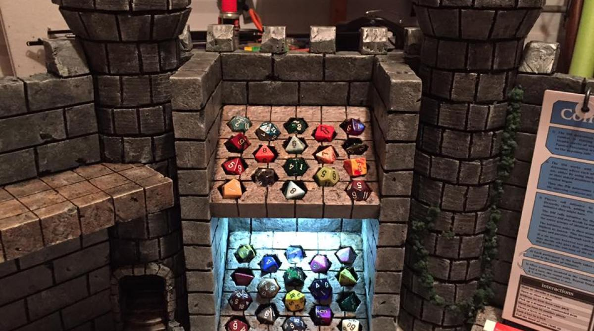 Building the Ultimate Dungeon Master Screen | Make:
