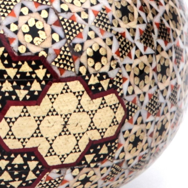 khatam-sugar-bowl-closeup