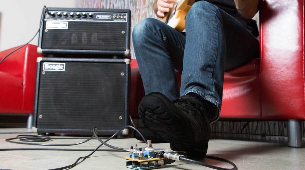 build an arduino guitar pedal stompbox make. Black Bedroom Furniture Sets. Home Design Ideas