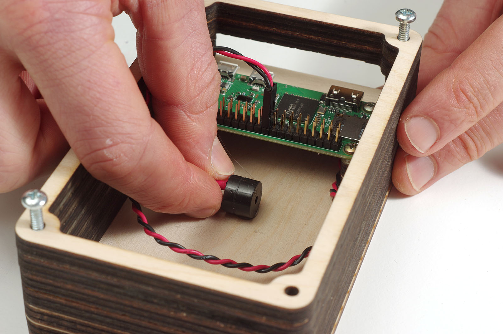 Use Raspberry Pi For A Modern Day Telegraph Make Tapping Morse Code Circuit Figure J
