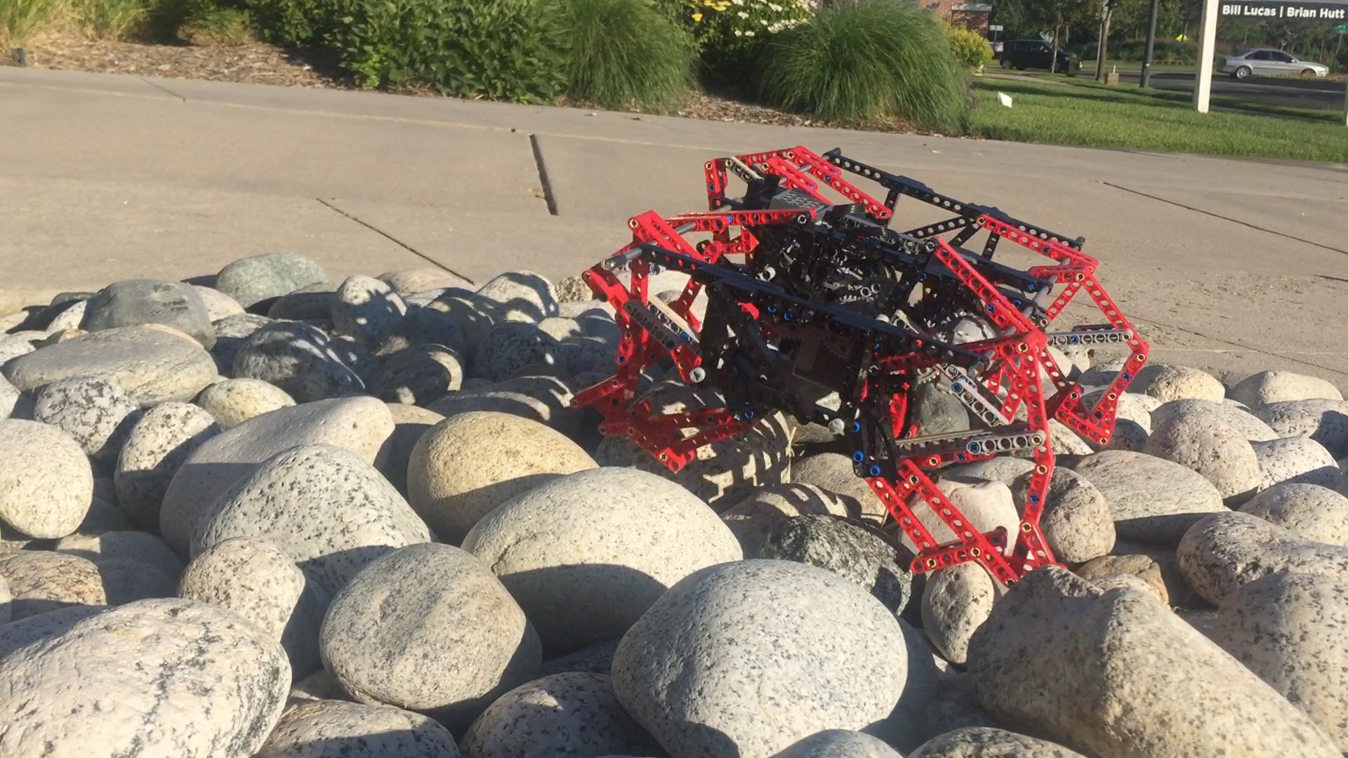 Weekend Watch: Engineering a TrotBot to Climb Stairs and Rugged Terrain