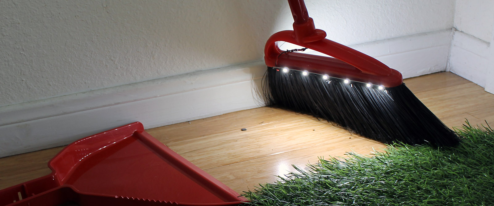 Build An Led Broom To Light Up Lifes Dark Corners Make How Wire Electrical Socket 6 Steps Wikihow Has A Pretty Good Tutorial For Those Of You Ahem Snake People Who May Have Never Used This Object Before