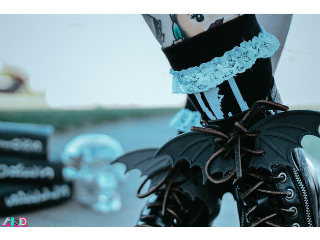 Make These Totally Gothtacular Bat Wings for Your Boots!