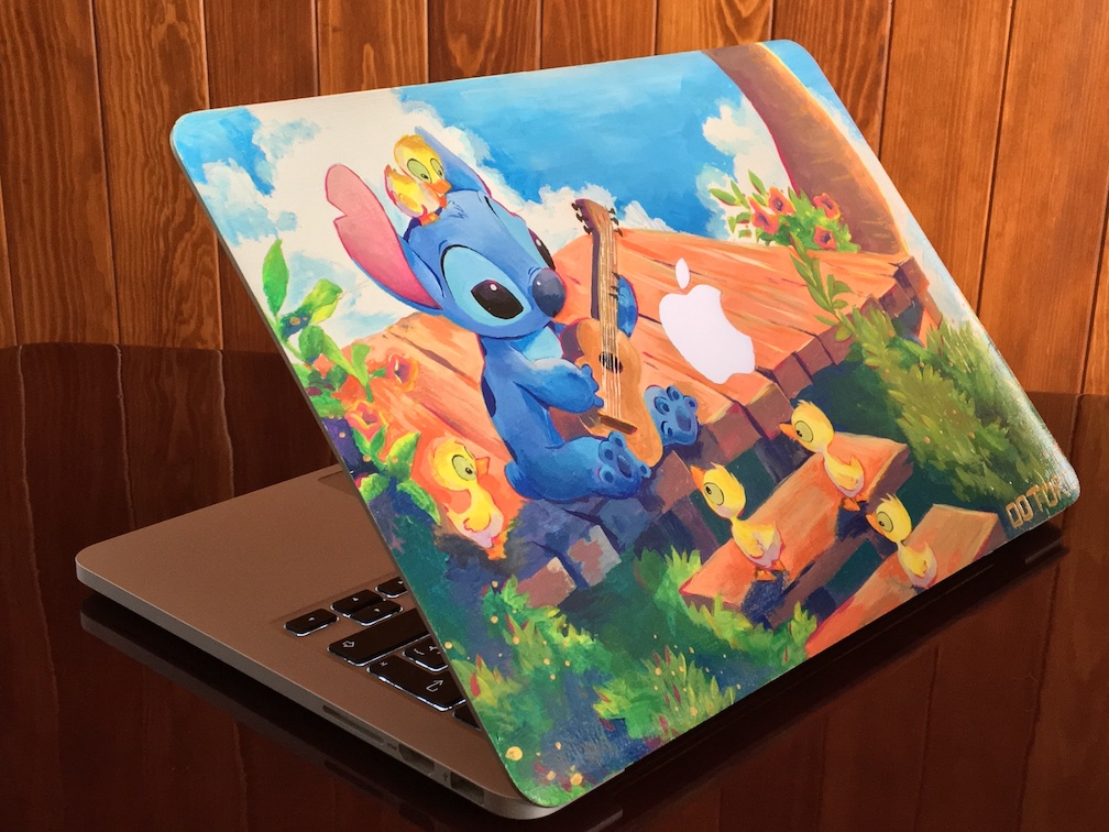 Forget Decals, Give Your Laptop a Fancy Paint Job