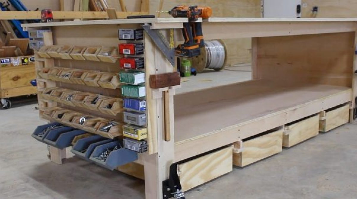 April's Ultimate Shop Workbench | Make: